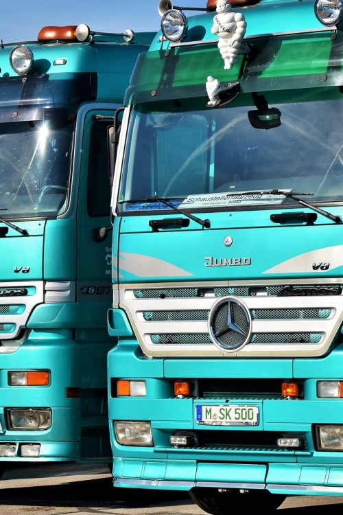 truck-3561413_1920