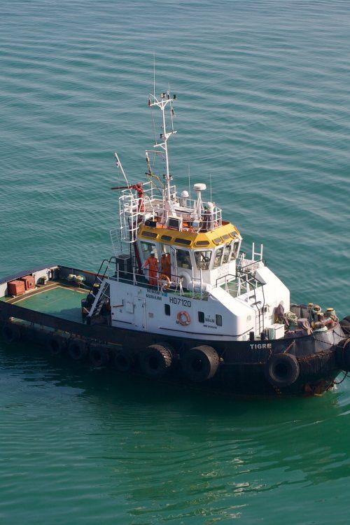 tugboat-4138230_1920